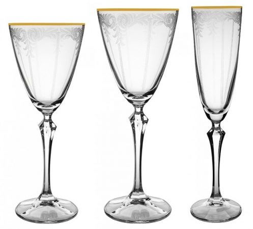 Set of Glasses with Gold Rime and Lace